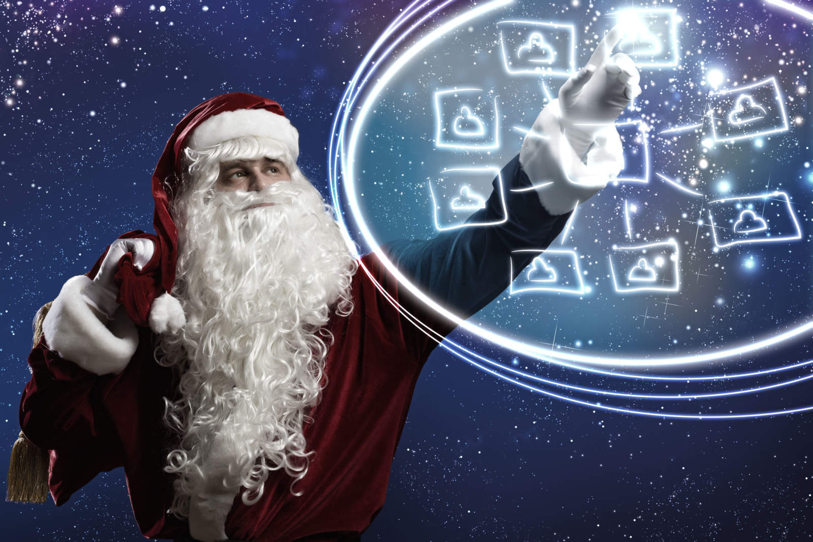 Making Social Media Marketing Festive for the Holidays