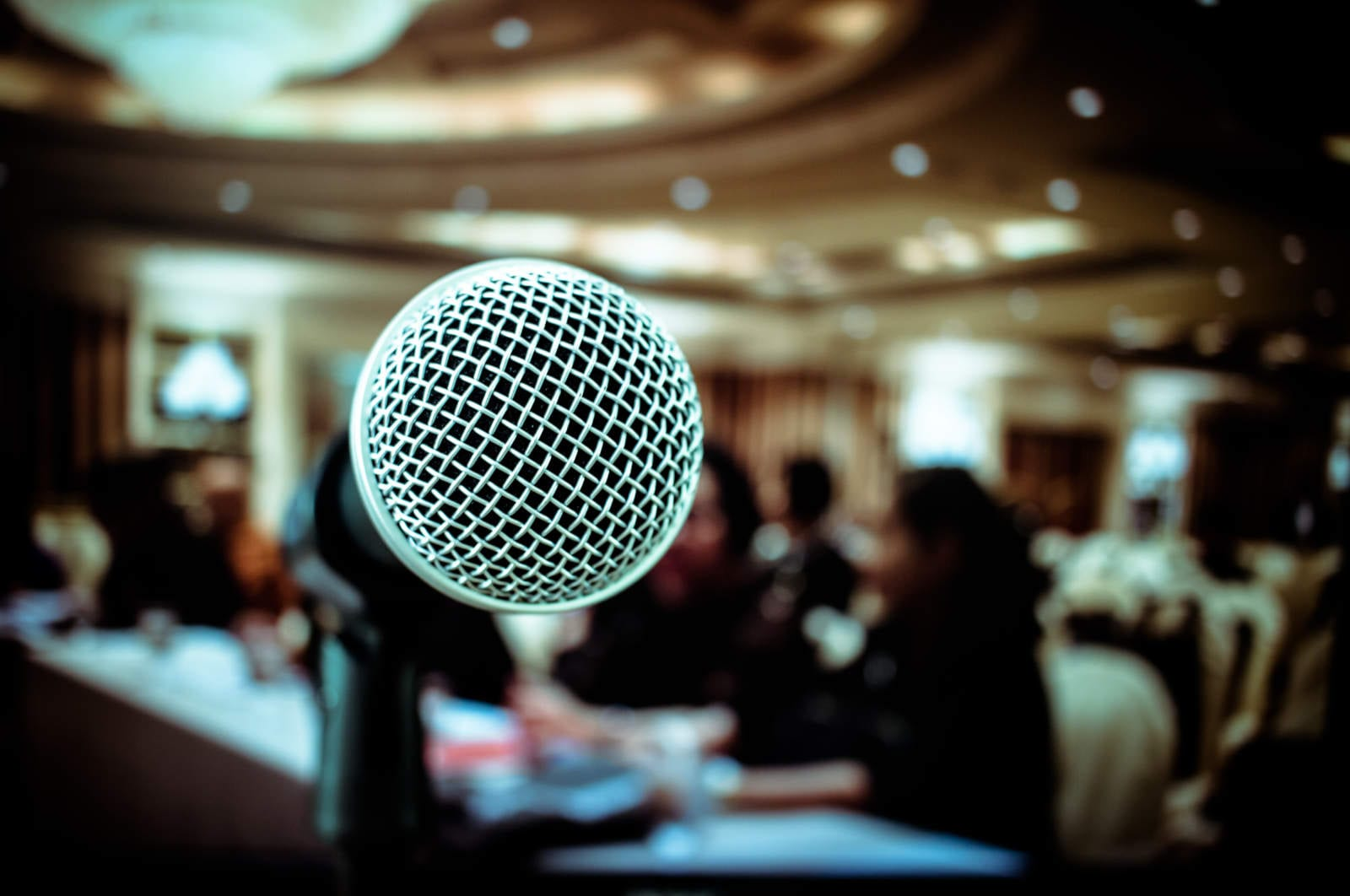Sharp Sound and Killer Content: Tips for Recording an Interview